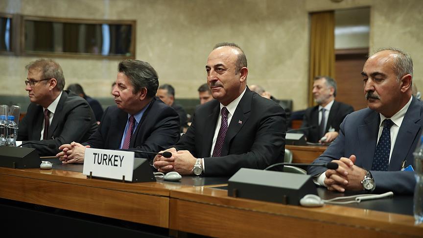 Pembentukan Komisi Revisi Konstitusi Suriah Memasuki Fase Kunci