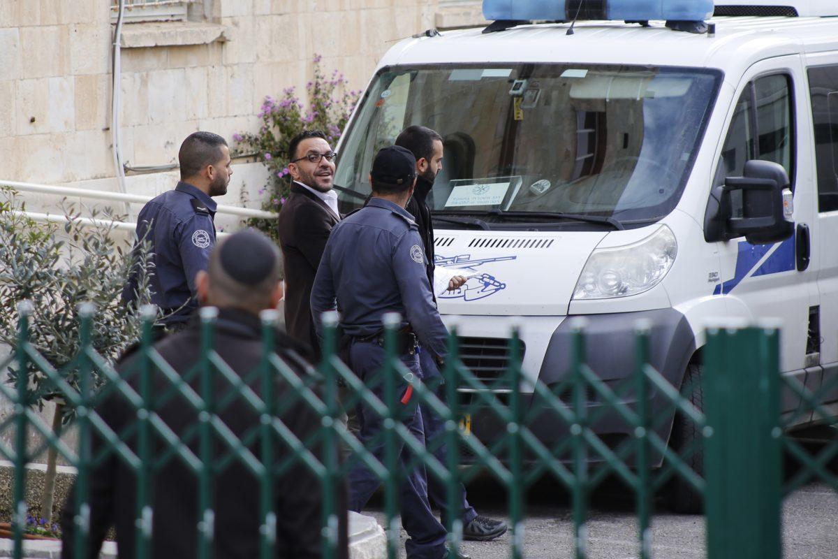 Pengadilan Israel Perintahkan Bebaskan Gubernur Palestina