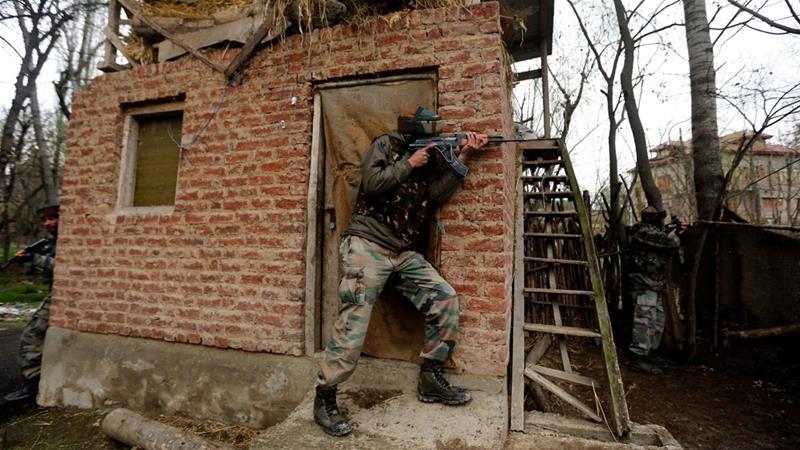 Pos Polisi India Diserang Pejuang Khasmir, 4 Tewas