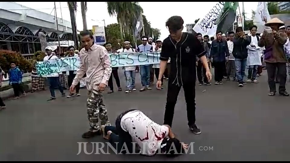 Aksi Teatrikal Jadi Media Tampilkan Kezaliman terhadap Muslim Uighur