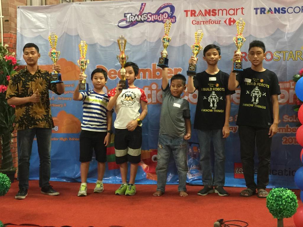 Siswa SMP Muhammadiyah Kembali Raih Juara Robotik Programming