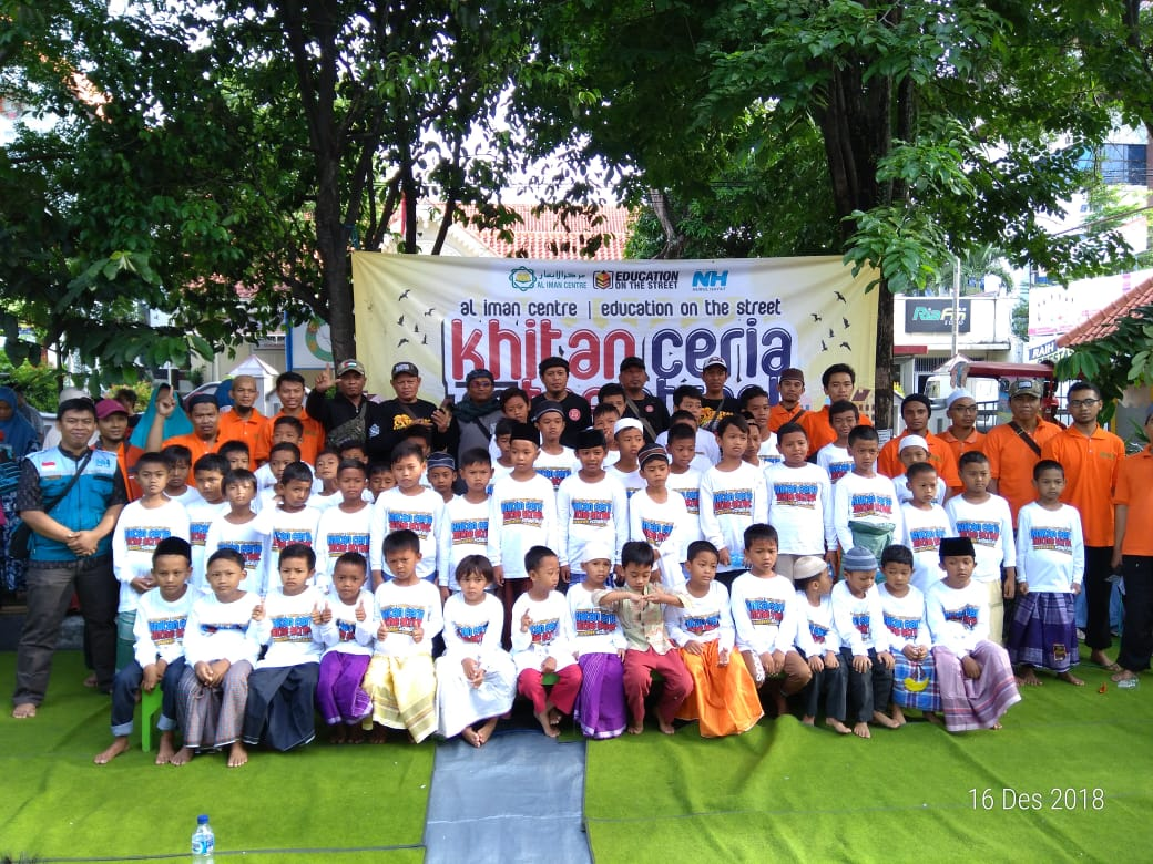 60 Anak Binaan Yayasan Al Iman Center Ikuti Program Khitan Ceria
