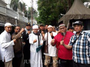 Massa GUIB Jatim Datangi Konjen RRC di Surabaya