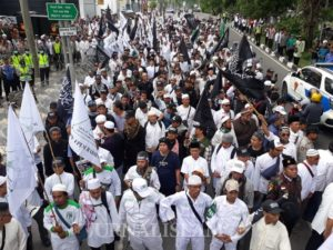 Bela Uighur, Umat Islam Jatim Kembali Demo Konjen RRC di Surabaya