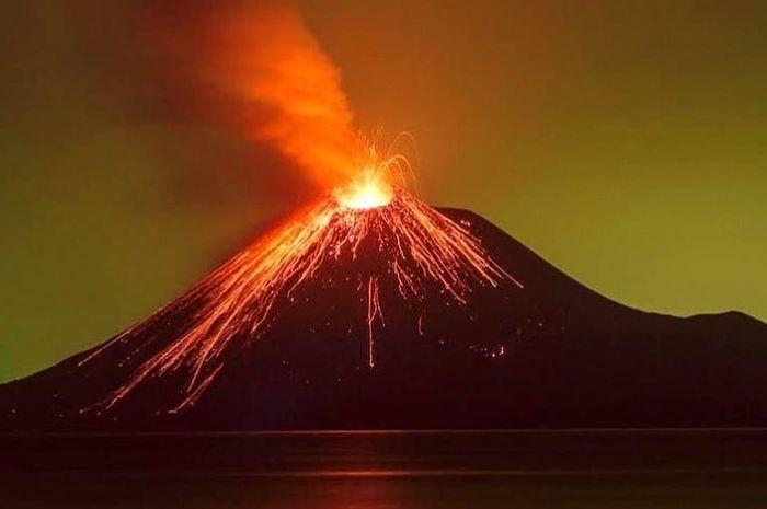 """Update BMKG: """"Sampai Saat Ini Anak Krakatau Masih Berpotensi Tsunami"""""""