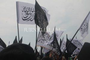 'Pembakaran Bendera Tauhid Bukan Urusan Domestik, Melainkan Urusan Umat Islam Sedunia'