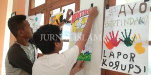 SMA Muhammadiyah PK Kottabarat Adakan Lomba Poster Anti Korupsi