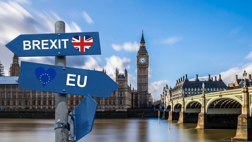 Brexit Dilarang, PM Theresa May Tutup Parlemen Inggris
