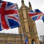 Masjid di London Bagikan Takjil untuk Nakes Covid