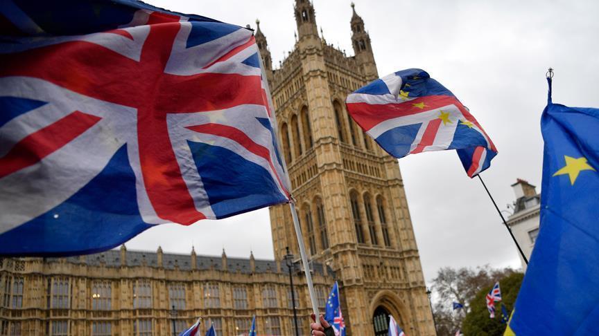 Meski Kalah dari Pemungutan Suara Brexit PM Inggris Selamat dari Jeratan Mosi