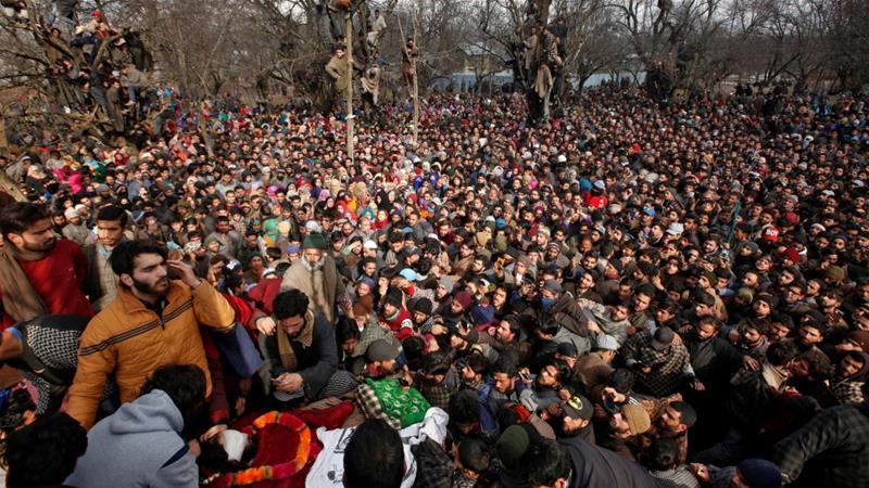 Pasukan India Tembaki Ribuan Muslim Khasmir Saat akan Shalat Jenazah