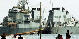 Trump: Agen Al Qaeda Terkait dengan Serangan pada Kapal Perang USS Cole Terbunuh