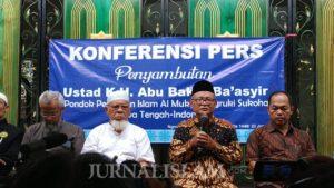 'Pemerintah PHP dan Inkonsisten soal Kebebasan Ustaz ABB'