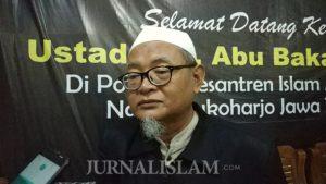 "Direktur Al-Mukmin Ngruki: ""Berharap Pada Manusia Akan Kecewa"""