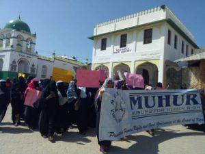 Muslim Lamu Kenya Berunjuk Rasa Tolak Pelarangan Jilbab di Sekolah