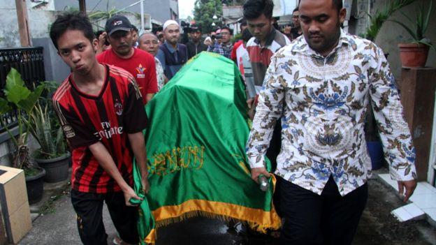 Ratusan Petugas KPPS Meninggal, Dokter Saraf: Ini Pemilu atau Pembantaian?