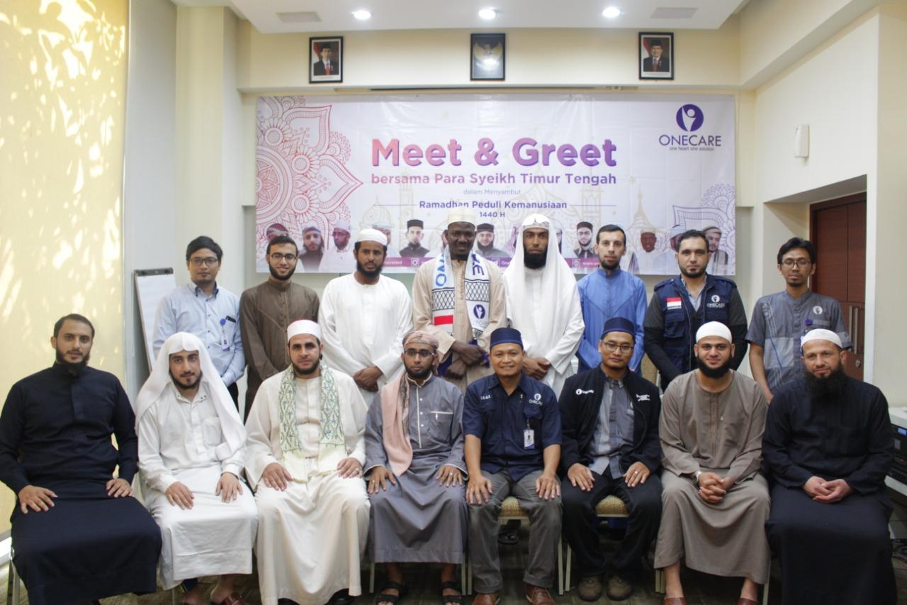 Hidupkan Bulan Suci Ramadhan, One Care Datangkan 12 Imam dari Timur Tengah