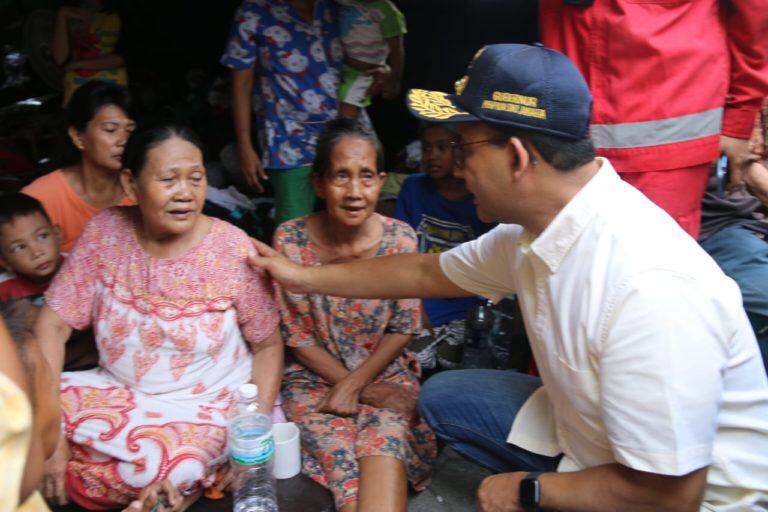 Anies Pastikan Kebutuhan Korban Kebakaran Kampung Bandan Terpenuhi