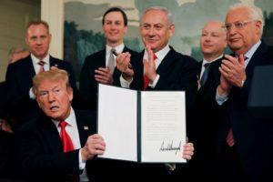 Koran Israel Terbitkan Bocornya Isi 'Kesepakatan Abad Ini'