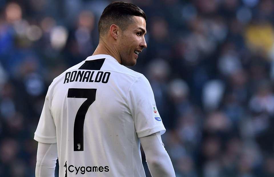 Ronaldo Sumbang 1,5 Juta Dolar Untuk Ramadhan Rakyat Palestina