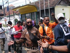 Pelajar Papua di Yogyakarta Gelar Aksi Solidaritas di Titik Nol Kilometer