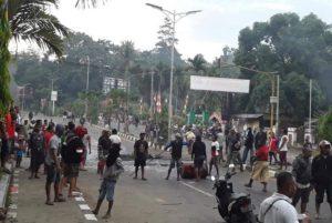 Papua Membara; Kedaulatan Meregang!
