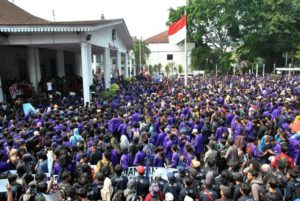 Balai Kota Bogor Diduduki Mahasiswa, Tolak Pelemahan KPK hingga RKUHP