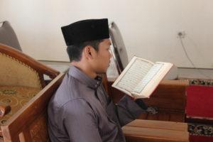 Akhlak Pembawa Al-Qur'an