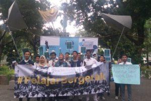 Dukung Mahasiswa, Pelajar Gelar Aksi Tuntut Polisi Tidak Represif