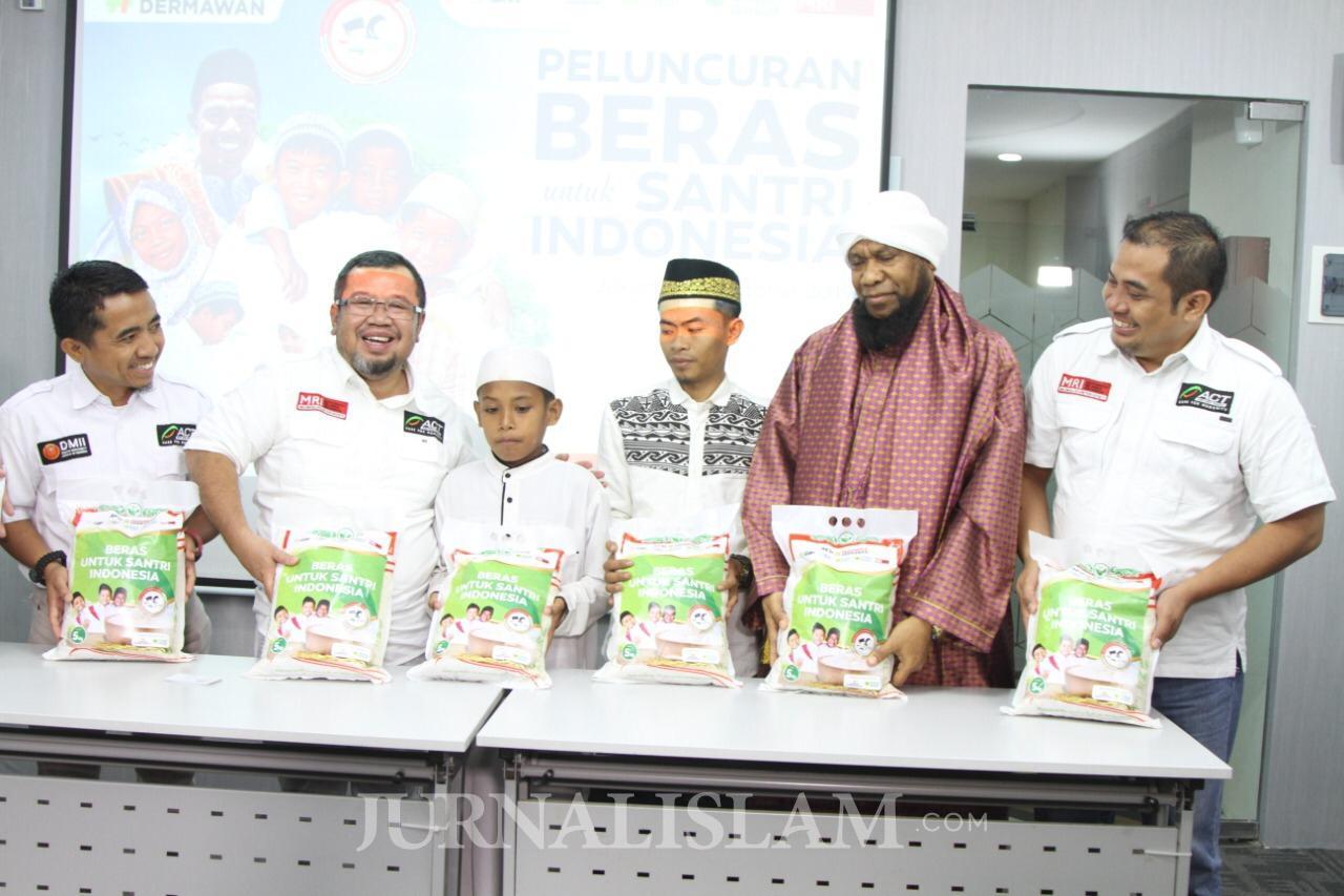 """Di Hari Santri, ACT Luncurkan Program """"Beras untuk Santri Indonesia"""""""