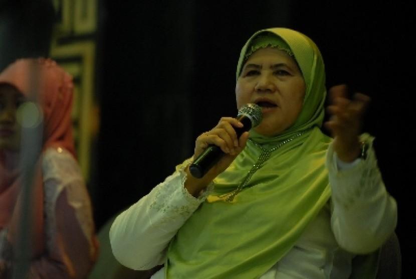 Mamah Dedeh Protes Kalau Majelis Taklim Mau Diatur-atur