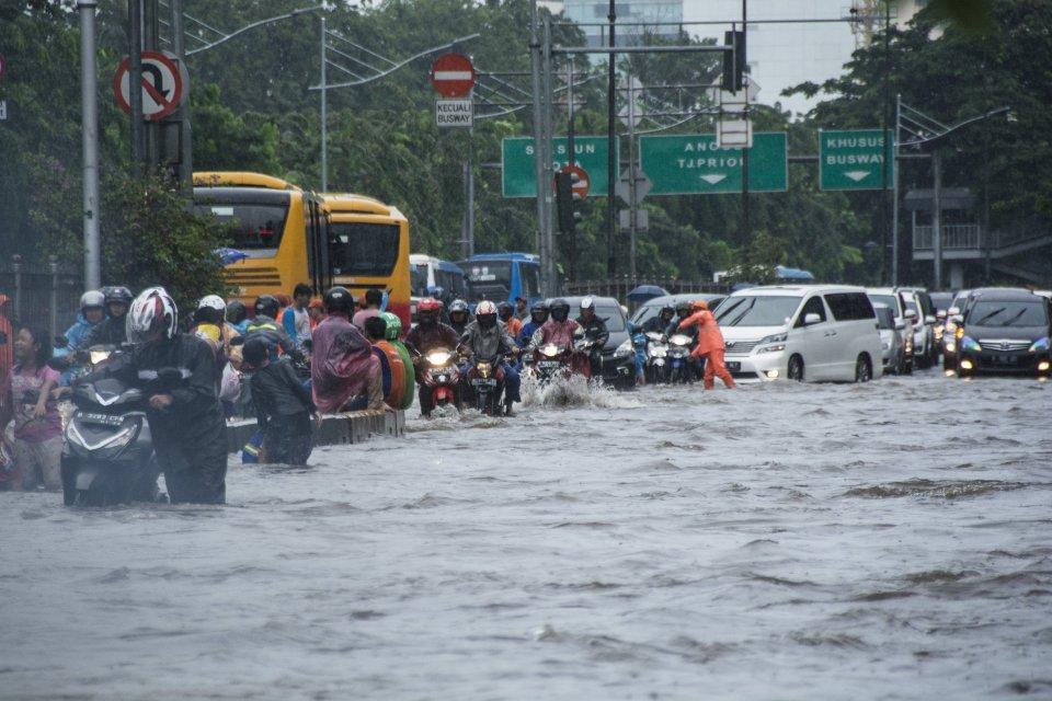Wantim MUI: Bantu dan Doakan Korban Banjir, Jangan Saling Menyalahkan