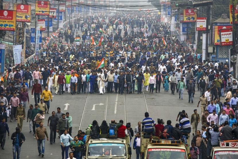 TPF: Polisi Sengaja Tembak Masjid dan Warga Muslim India