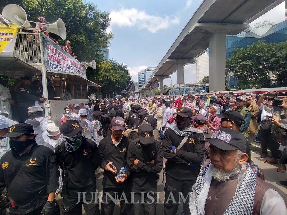 Di Jakarta, Massa Umat Islam Geruduk Kedubes India