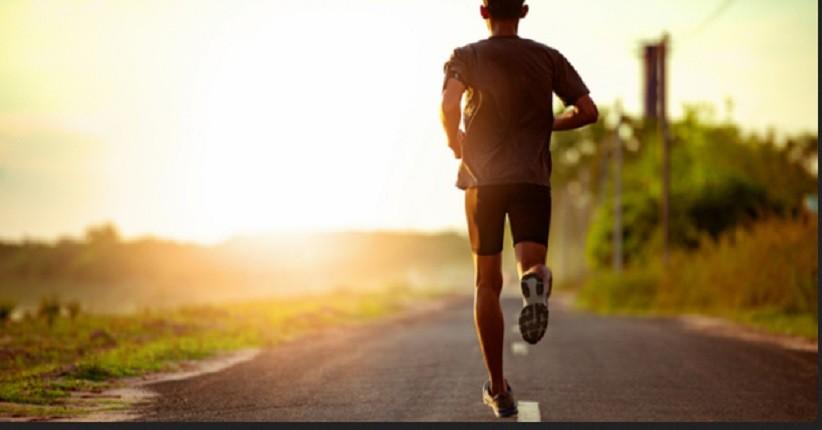 Soal Corona, Dokter: Tetap Aktif, Justru Mengurung Diri Turunkan Imunitas