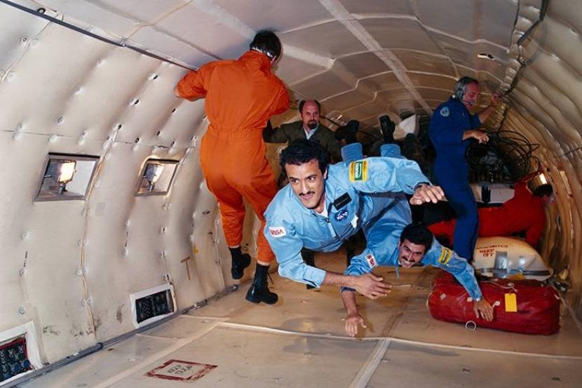 Ketika Astronot Menjalani Bulan Ramadhan di Luar Angkasa