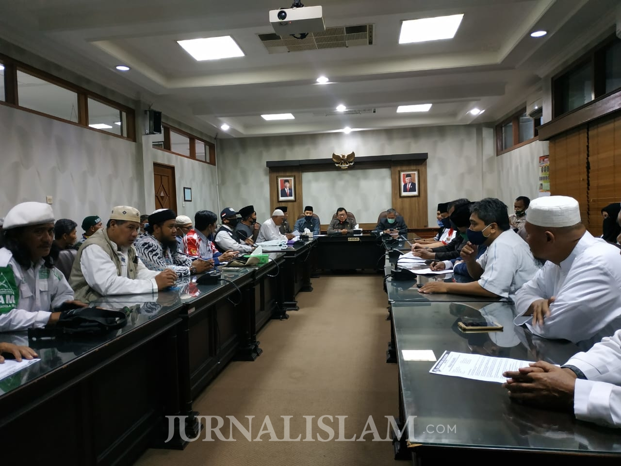 Sambangi DPRD, Koalisi Bela Negara Soloraya Desak RUU HIP Dibatalkan