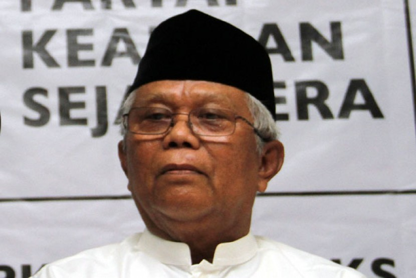 Innalillahi, Pendiri PKS Ustaz Hilmi Aminuddin Meninggal Dunia