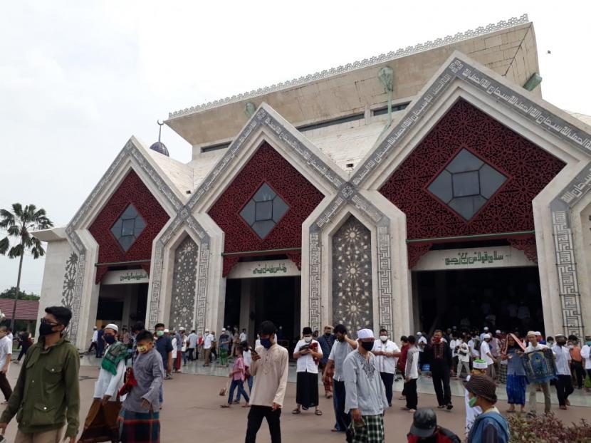Masjid At Tin Gelar Shalat Jumat Perdana Sejak April