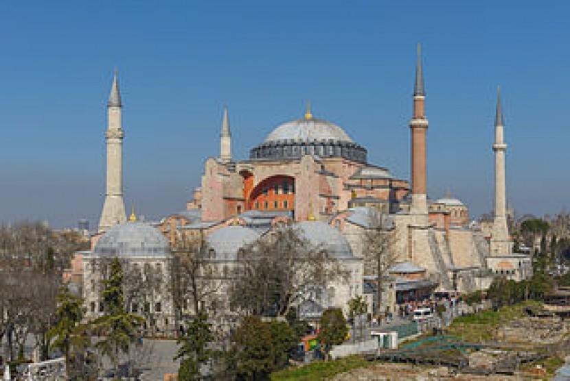 Keputusan Pengadilan Turki: Hagia Sophia Kembali Menjadi Masjid