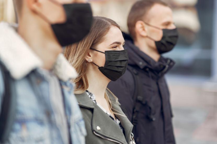Inggris Wajibkan Warga Gunakan Masker, Atau Denda Rp 1,7 Juta