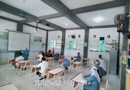 Klaster Sekolah Bermunculan, Pemerintah Diminta Setop Belajar Tatap Muka