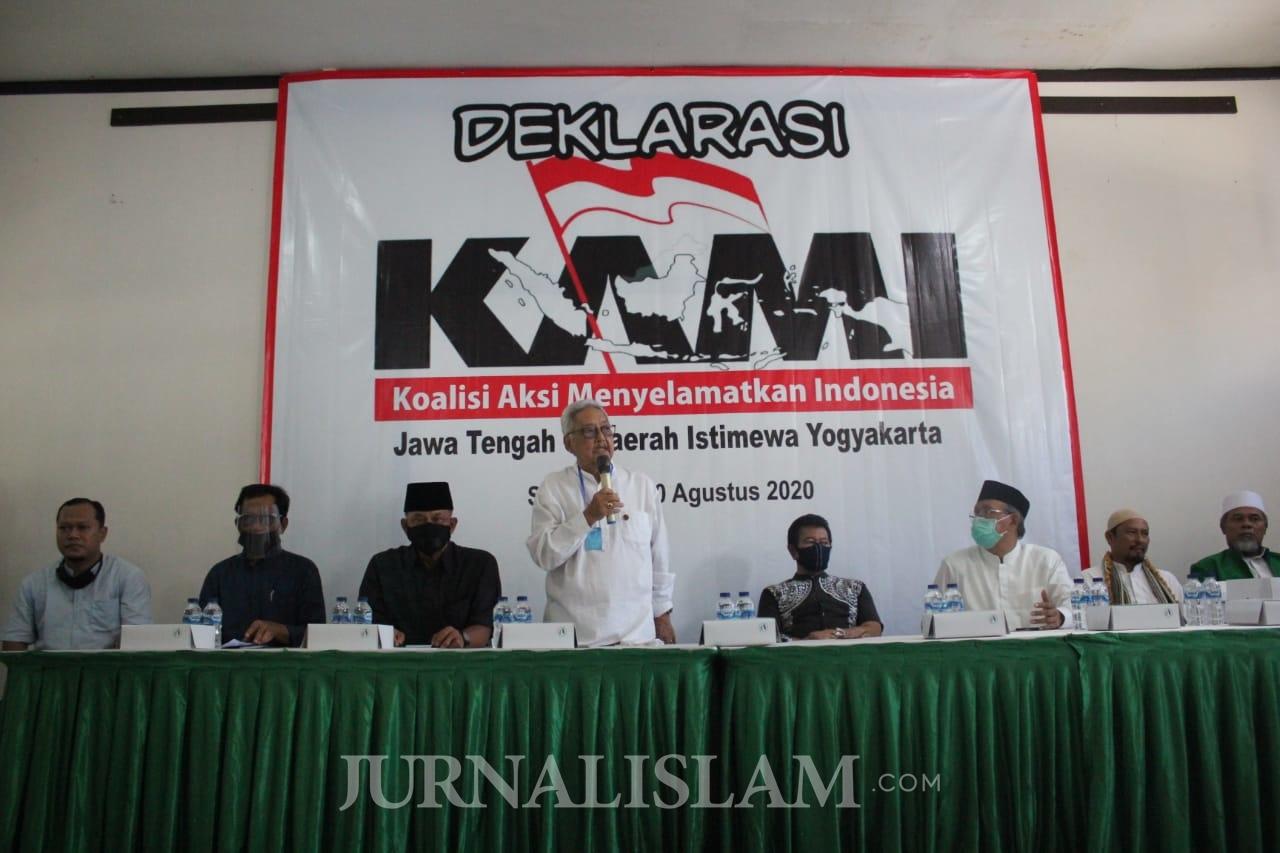KAMI: Aneh! Acara Internal Dibubarkan, Demo Provokatif Berkerumun Dibiarkan