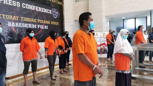 Pengamat: Beda Perlakuan Antara Aktivis dengan Denny Siregar
