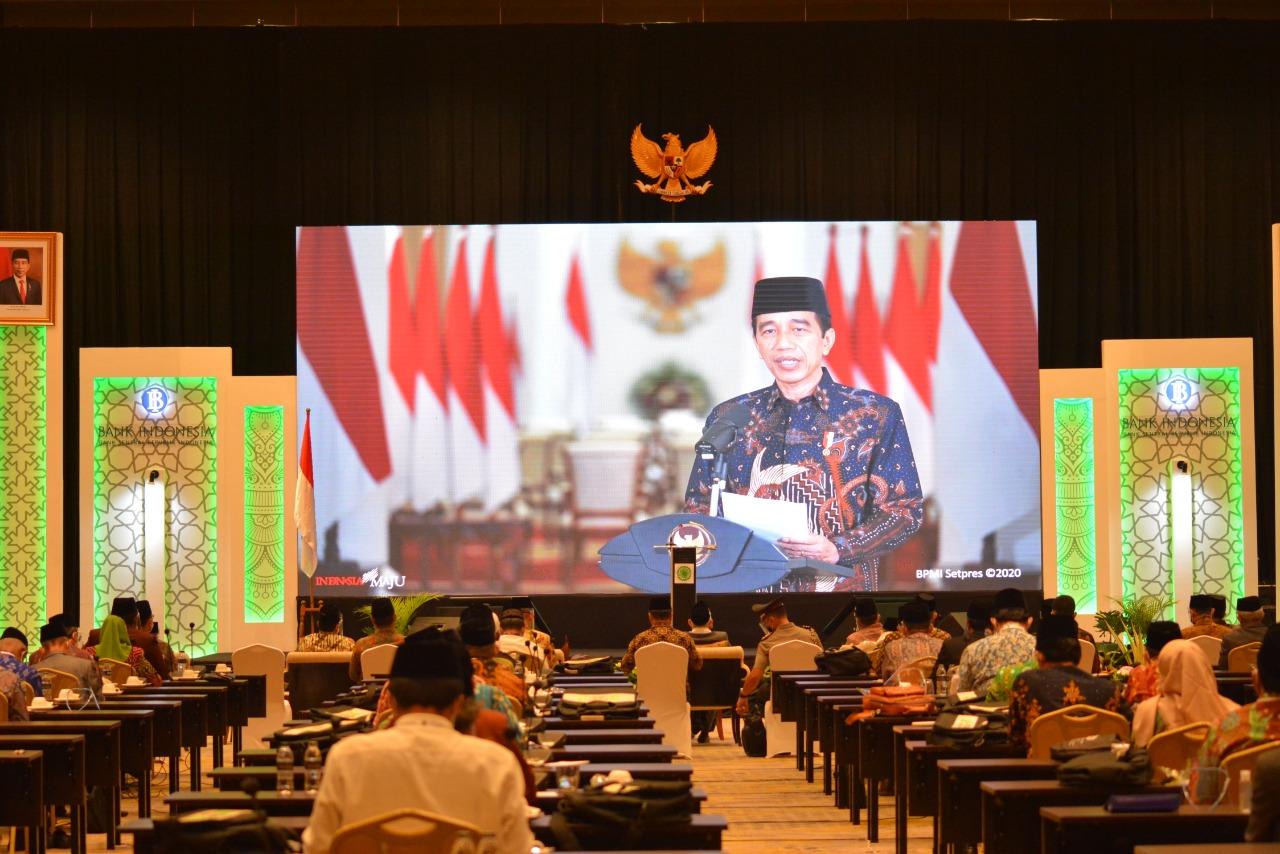 Resmikan Gerakan Nasional Wakaf Uang, Jokowi: Potensi Wakaf Rp2000 Triliun