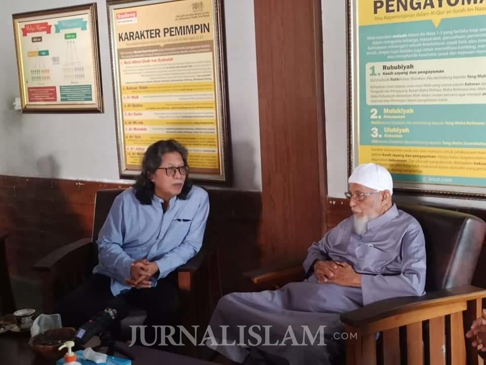 Ustaz Abu Bakar Ba'asyir Bertemu Cak Nun, Ini yang Dibahas
