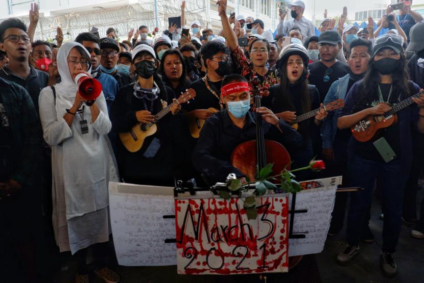 Lebih dari 80 Orang Tewas oleh Militer Myanmar