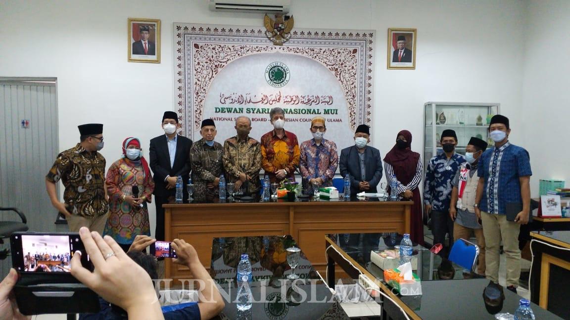 Polisi Diminta Menindak Pemfitnah Ustaz Adi Hidayat