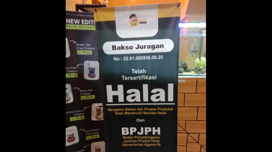UMK Pamerkan Produk Mereka Bersertifikat Halal